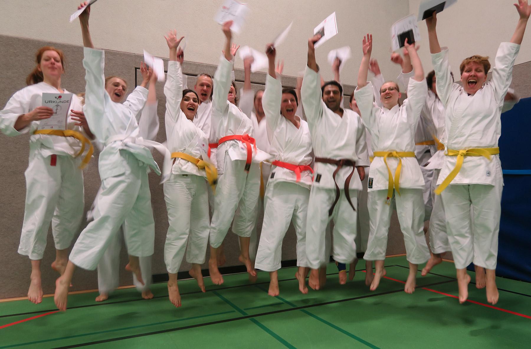 Gratulation zu den Kyu-Prüfungen