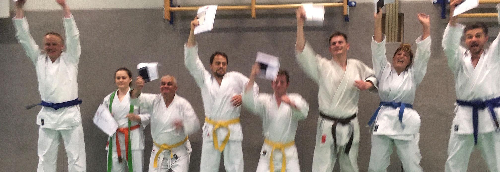 Gratulation zu den zwei Kyu-Prüfungen